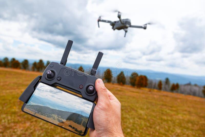 Landschaftsgestaltung auf einem quadrocopter stockfotos