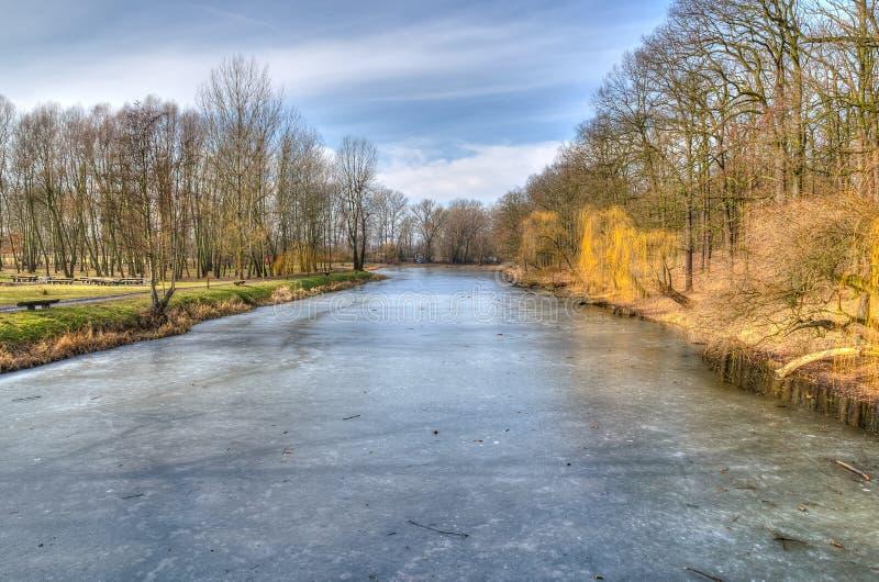 Landschaftslandschaft mit Frostiness stockbilder