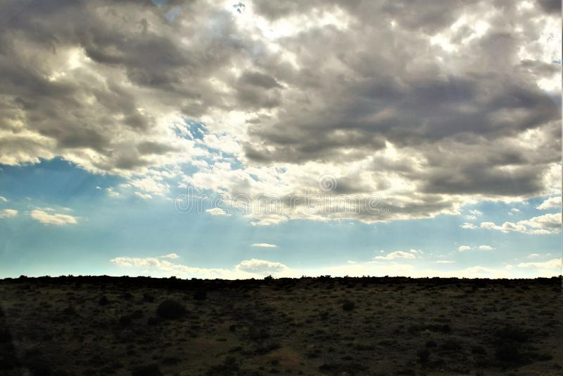 Landschaftslandschaft zwischen Sedona und Jerome, Maricopa County, Arizona, Vereinigte Staaten lizenzfreies stockbild