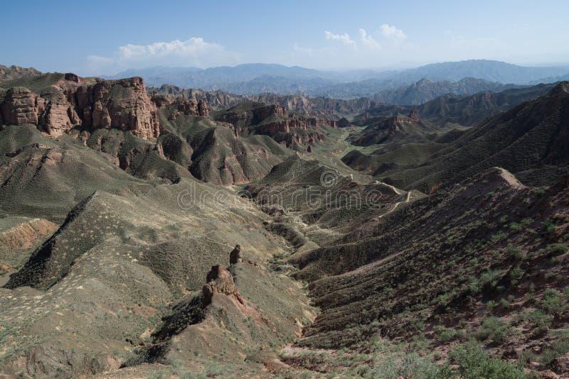 Landschap bij het Toneelgebied van Binggou Danxia Lanform, Zhangye, Gansu, China royalty-vrije stock afbeelding