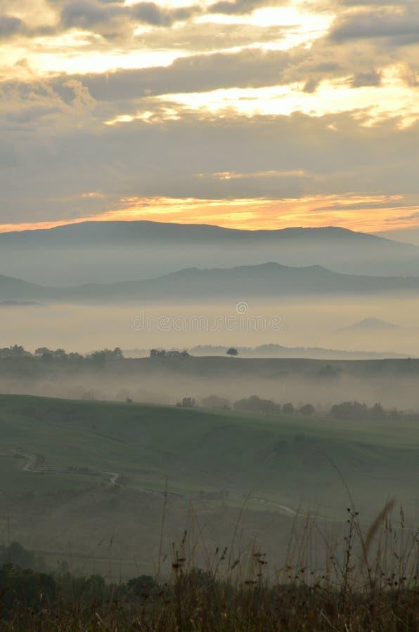 Landschap bij Zonsondergang royalty-vrije stock afbeeldingen