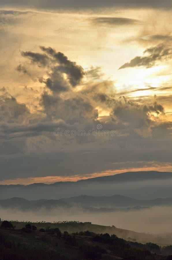 Landschap bij Zonsondergang stock afbeelding