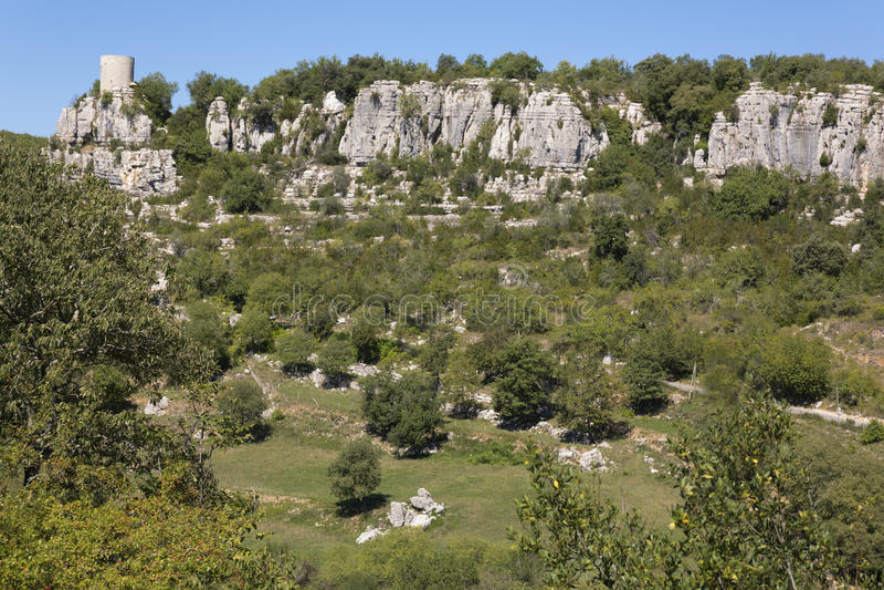 Landschap dichtbij Balazuc, Frankrijk (Ardeche-district) royalty-vrije stock afbeeldingen