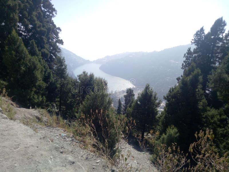 Landschap en meer van hoogte stock afbeeldingen