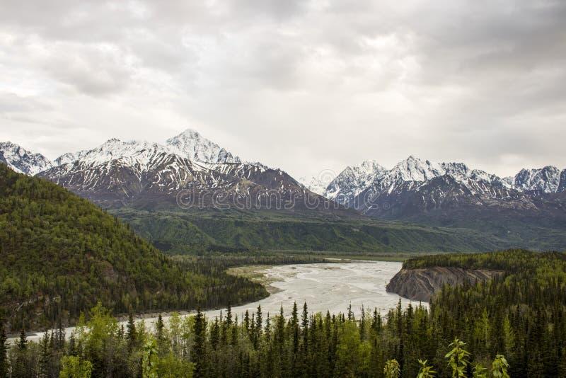 Landschap langs Glen Highway stock afbeelding