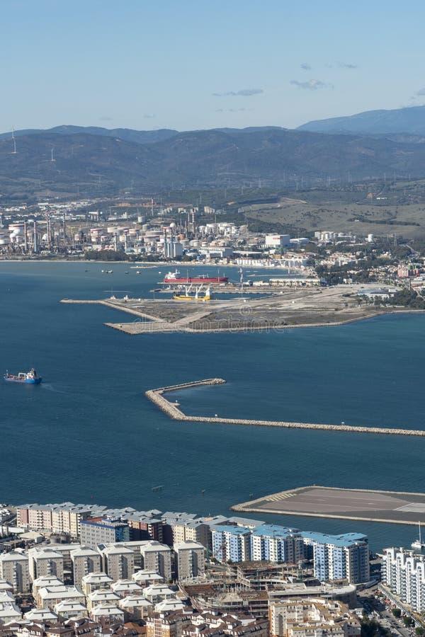 Landschap met de industrieën dichtbij Gibraltar royalty-vrije stock foto