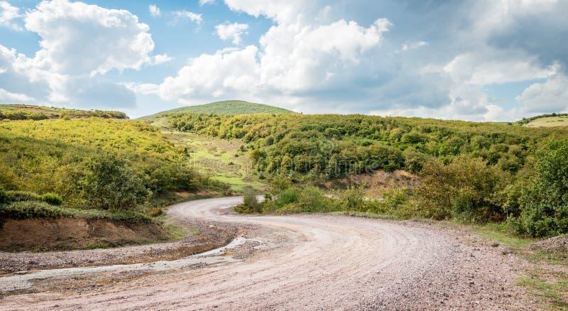 Landschap met karspoor in bergen, Turkije royalty-vrije stock afbeelding