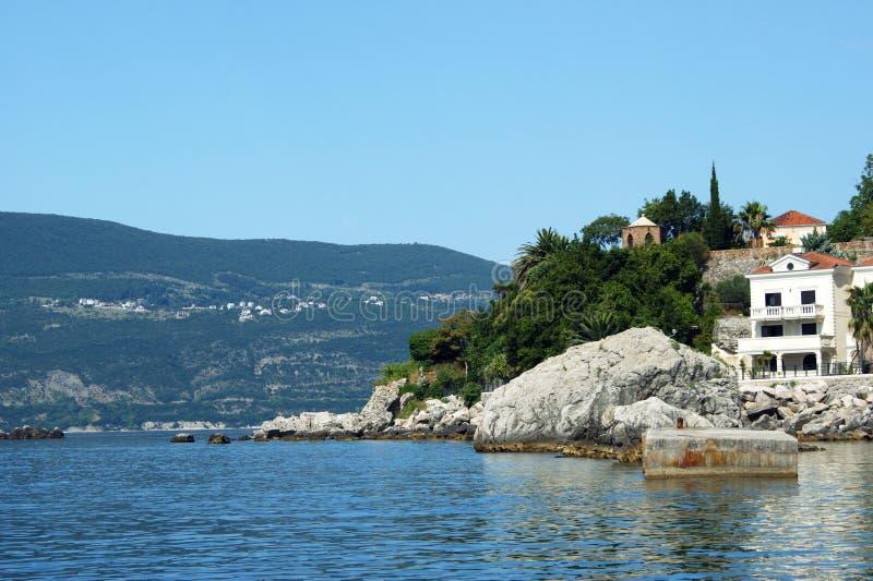 Landschap met kust in Herceg Novi royalty-vrije stock fotografie