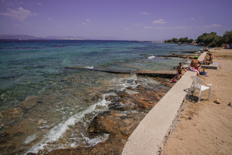 Landschap met overzeese baai op Eiland Aegina in Saronic-Golf, Gree royalty-vrije stock afbeelding