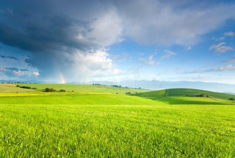 Landschap met regenboog royalty-vrije stock foto's