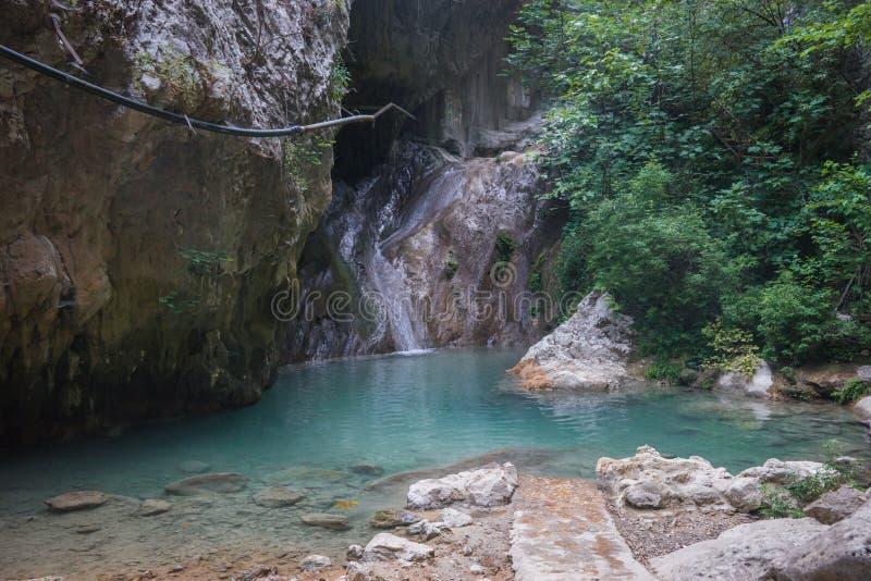 Landschap met rivier en watervallen op het Eiland Lefkada, Gr. royalty-vrije stock foto's