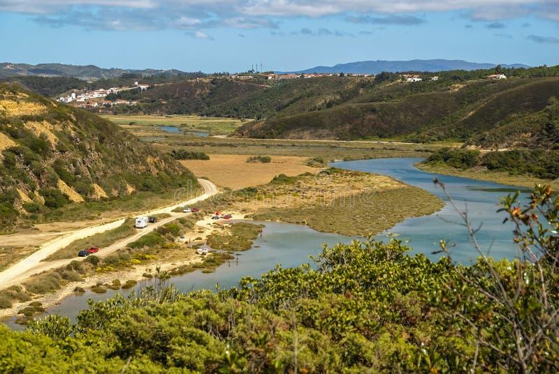 Landschap met rivier Mira bij Vila-nova DE Milfontes, Portugal royalty-vrije stock fotografie