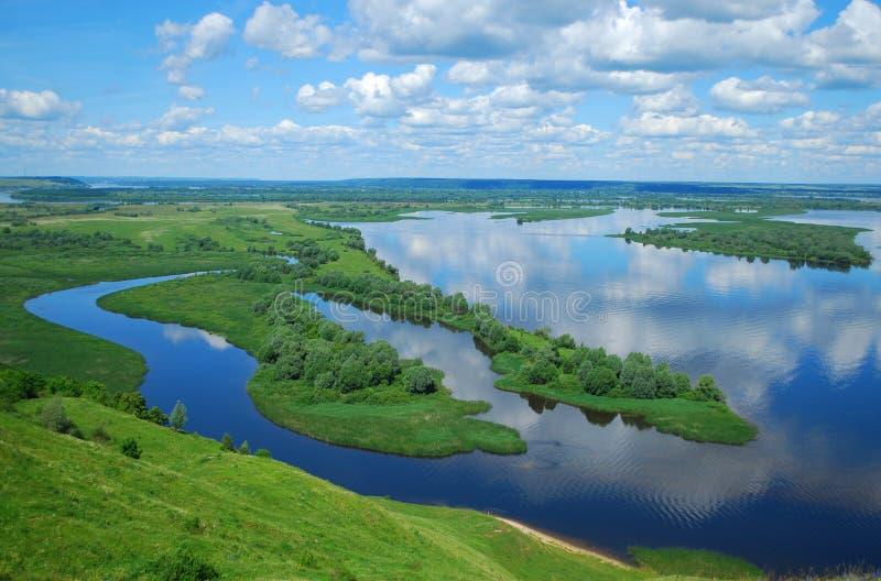 Landschap op de Rivier Volga royalty-vrije stock afbeeldingen