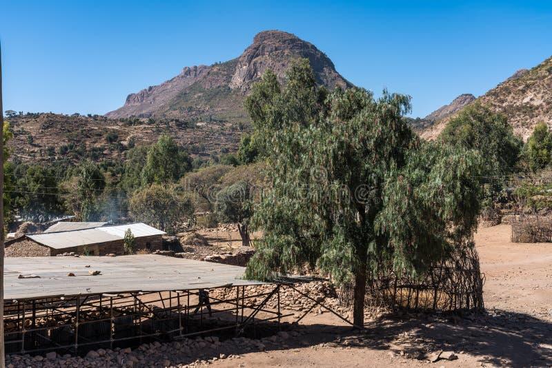 Landschap rond de Ruïnes van de Yeha-tempel in Yeha, Ethiopië royalty-vrije stock foto's