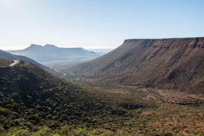Landschap van de de bergpas van het Karoo het Nationale Park stock foto
