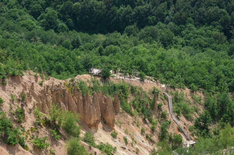 Landschap van de Duivels` s stad van Djavolja Varos van de Rotsvorming in stock afbeeldingen