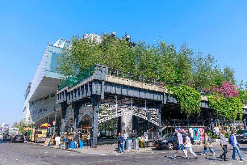 Landschap van de Hoge Lijn Stedelijk openbaar park op een historische lijn van het vrachtspoor, de Stad van New York, Manhattan stock afbeelding