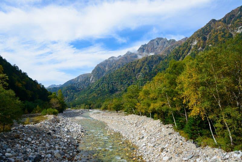 Landschap van de Noordelijke Alpen van Japan royalty-vrije stock foto's