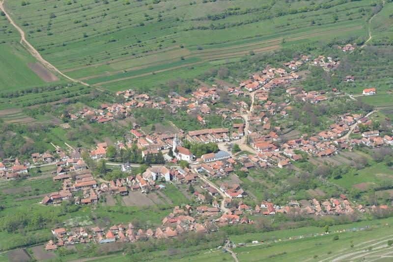Landschap van dorp het van Rimetea (Torocko) stock afbeelding