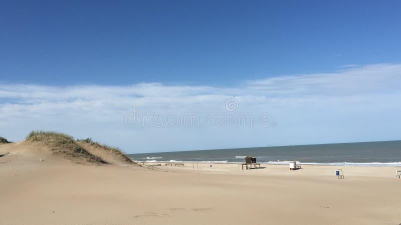 Landschap van een Argentijns strand stock foto