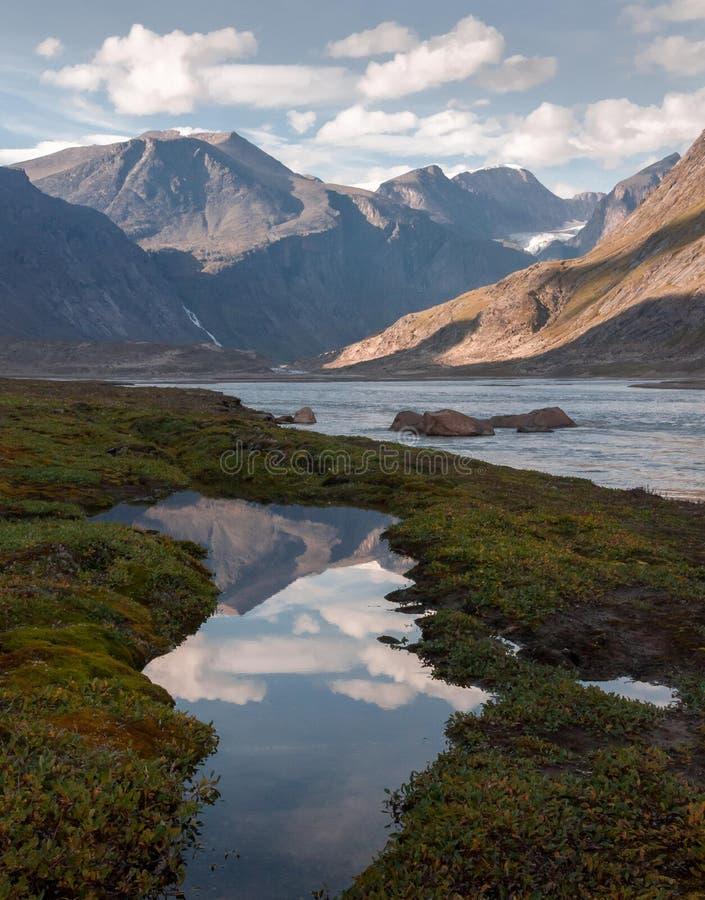 Landschap van het Auyuittuq het Nationale Park, Nunavut, Canada stock afbeelding