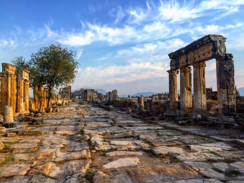 Landschap van Hierapolis Pamukkale, Turkije royalty-vrije stock afbeeldingen