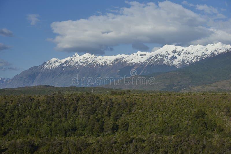 Landschap van Patagonië rond Lago Algemene Carrera royalty-vrije stock afbeelding