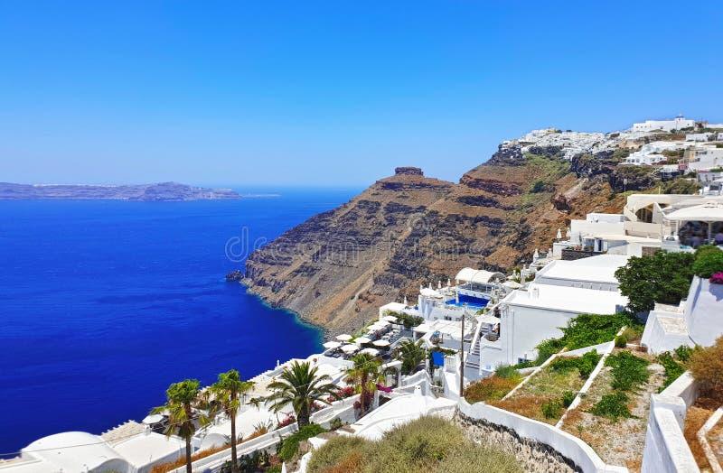 Landschap van Santorini-eiland Griekenland - traditionele huizen over de caldera royalty-vrije stock afbeelding