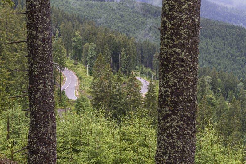 Landschap van TransRarau, de weg aan de dames` stenen royalty-vrije stock afbeeldingen