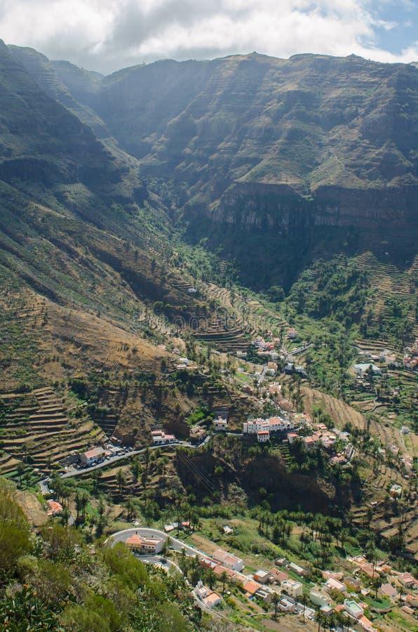 Landschapsmening over de vallei van Valle Gran Rey stock afbeelding