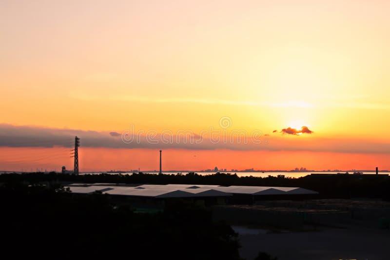 Landschapsmening van de kustlijn en de wateren van de haven de Baai van van Chiba, Tokyo japan stock foto