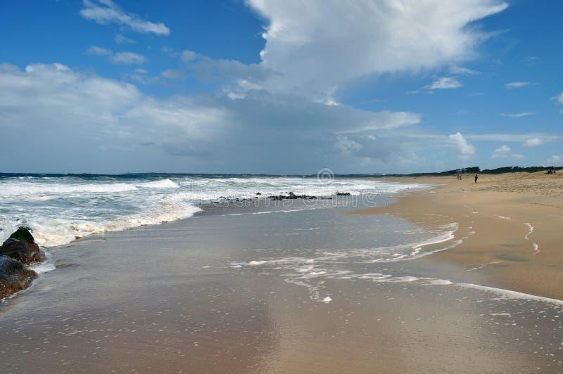 Landschapsmening van het strand van La Pedrera in Rocha, Uruguay stock foto
