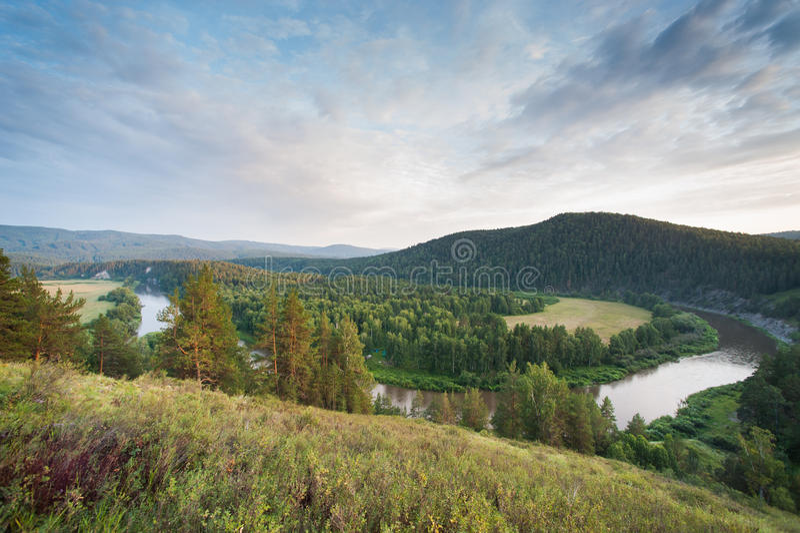 Landschapsmening van rivier Belaya royalty-vrije stock afbeelding