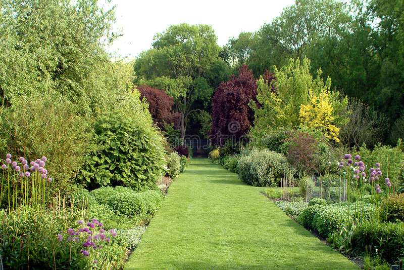 landsengelskaträdgård royaltyfria foton