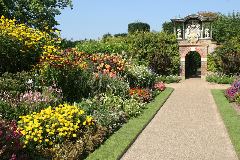 landsengelskaträdgård royaltyfri foto