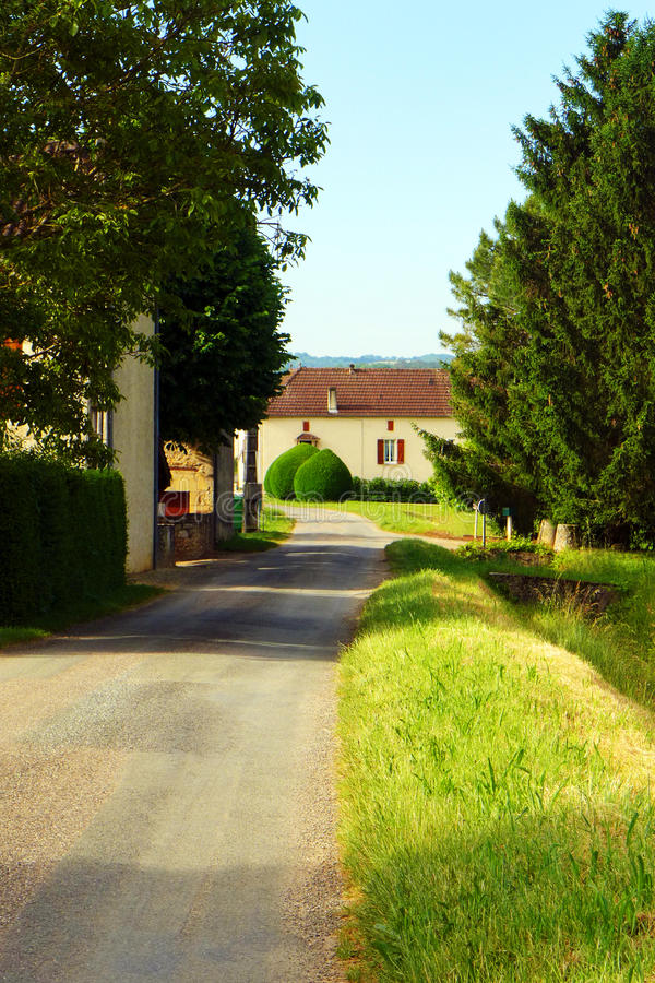 Landshus, lantlig söder av Frankrike arkivfoton