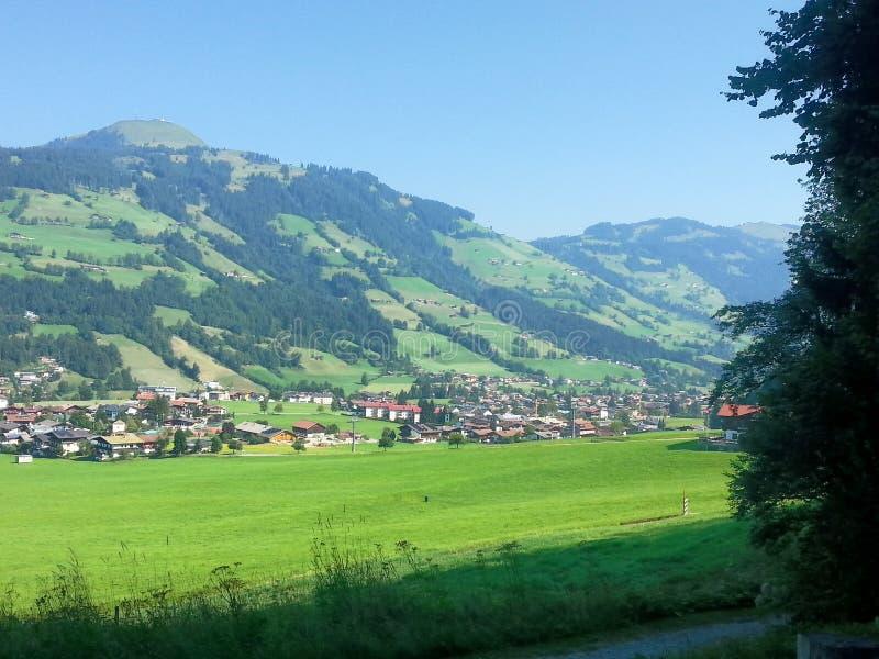 Landskap av Österrike i sommar arkivfoto