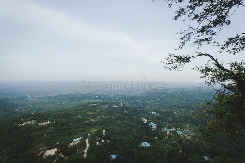 Landskap av berg royaltyfri foto