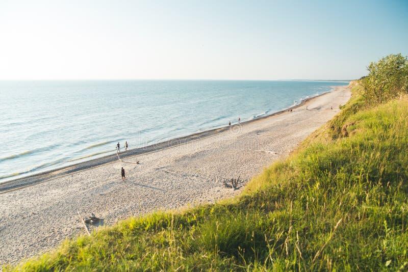 Landskap av den härliga kusten för baltiskt hav fotografering för bildbyråer
