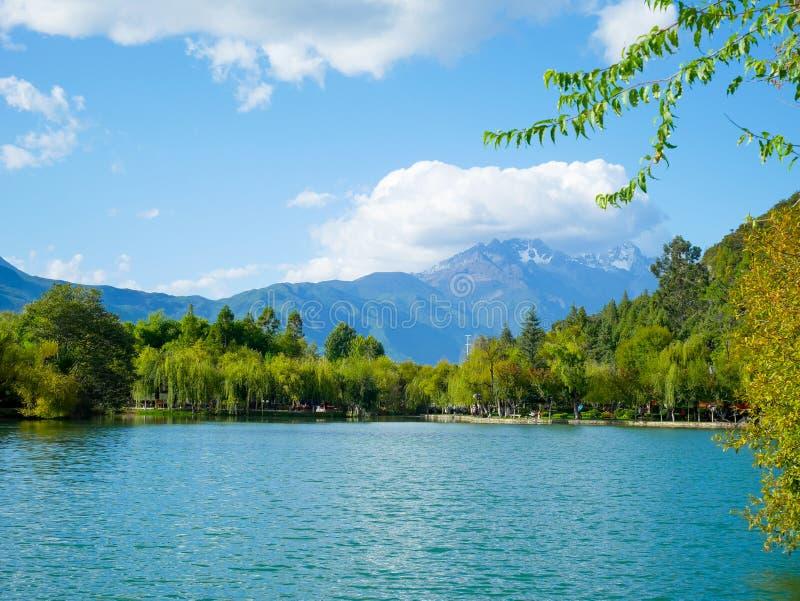 Landskap av den Jade Spring Park Yu Quan gongen Yuan arkivfoton