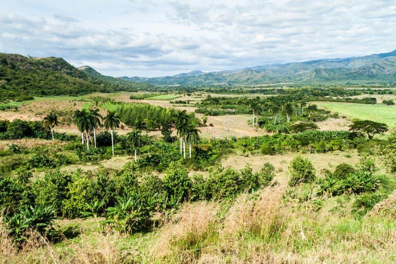 Landskap av den Valle de los Ingenios dalen nära Trinidad, Cu arkivbild