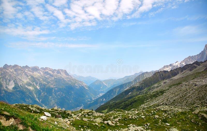 Landskap av franska fjällängar fotografering för bildbyråer