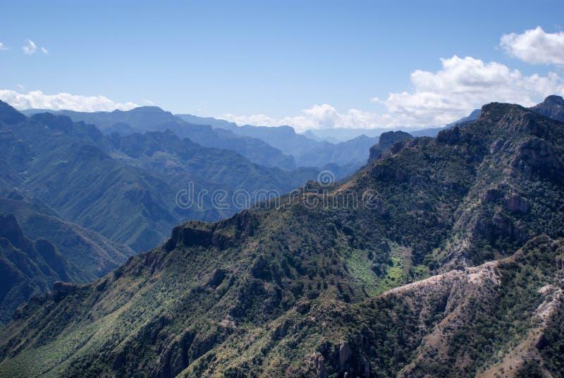 Landskap av kopparkanjoner i chihuahuaen, Mexico royaltyfria foton
