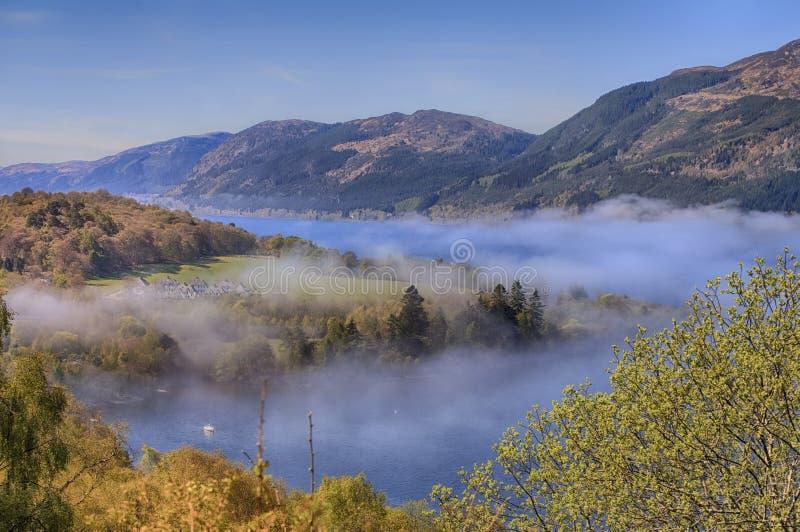 Landskap av Loch Ness. royaltyfri fotografi