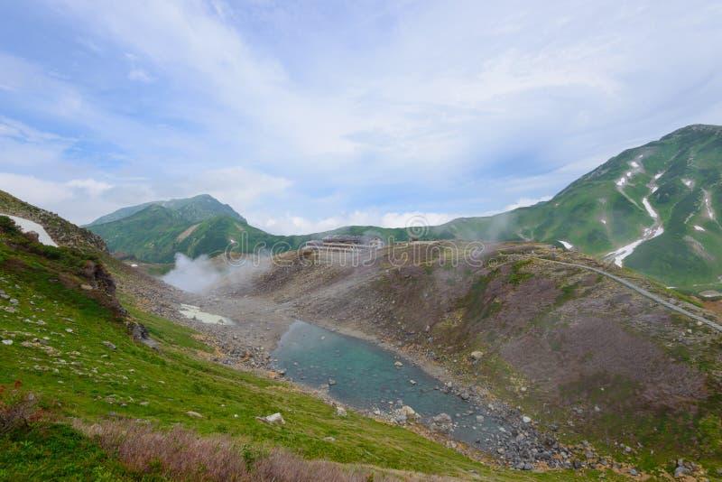 Landskap av nordliga Japan fjällängar royaltyfria foton