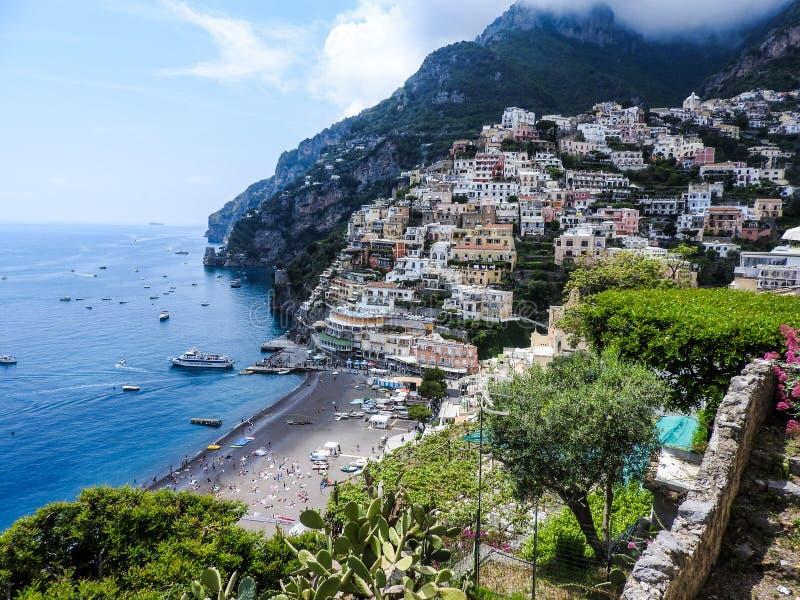 Landskap av Positano på den Amalfi kusten arkivbild