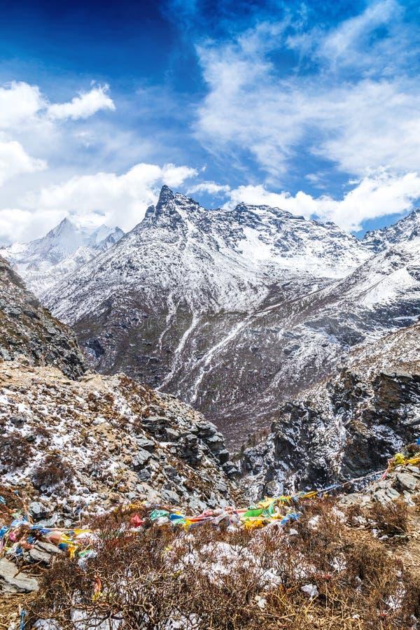 Landskap för berg för Yading naturreserv royaltyfri fotografi