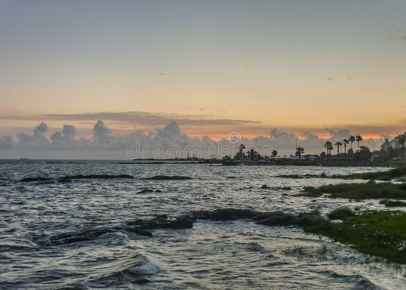 Landskap för kust för flodplattaMontevideo arkivfoto