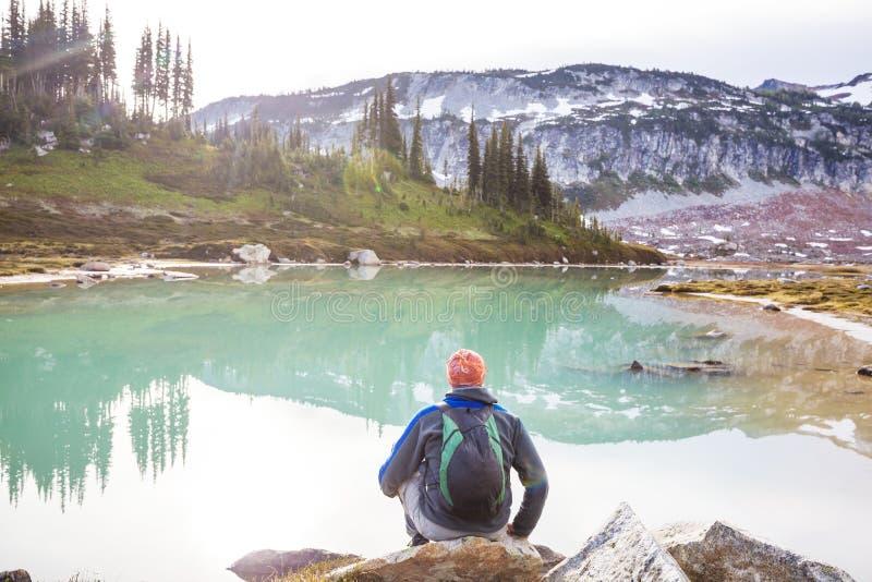 landskap f?r berg f?r himalayasladakhlake arkivfoton
