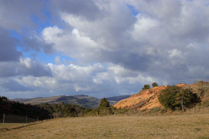 Landskap i Corbieres, Frankrike royaltyfri foto